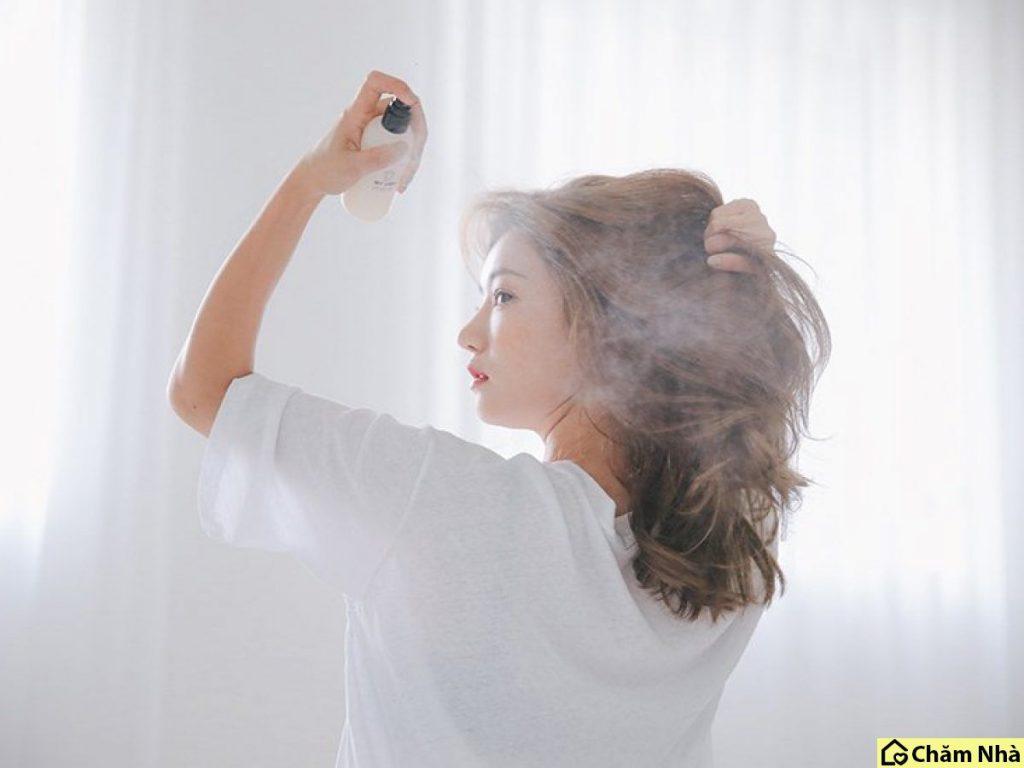 sử dụng dưỡng tóc khi sấy
